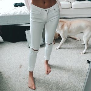 Levi's White Ripped Knee Skinny Jeans
